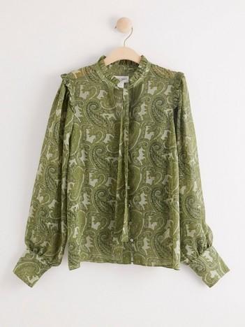 Skjorter og bluser til jente – shop online eller i butikk