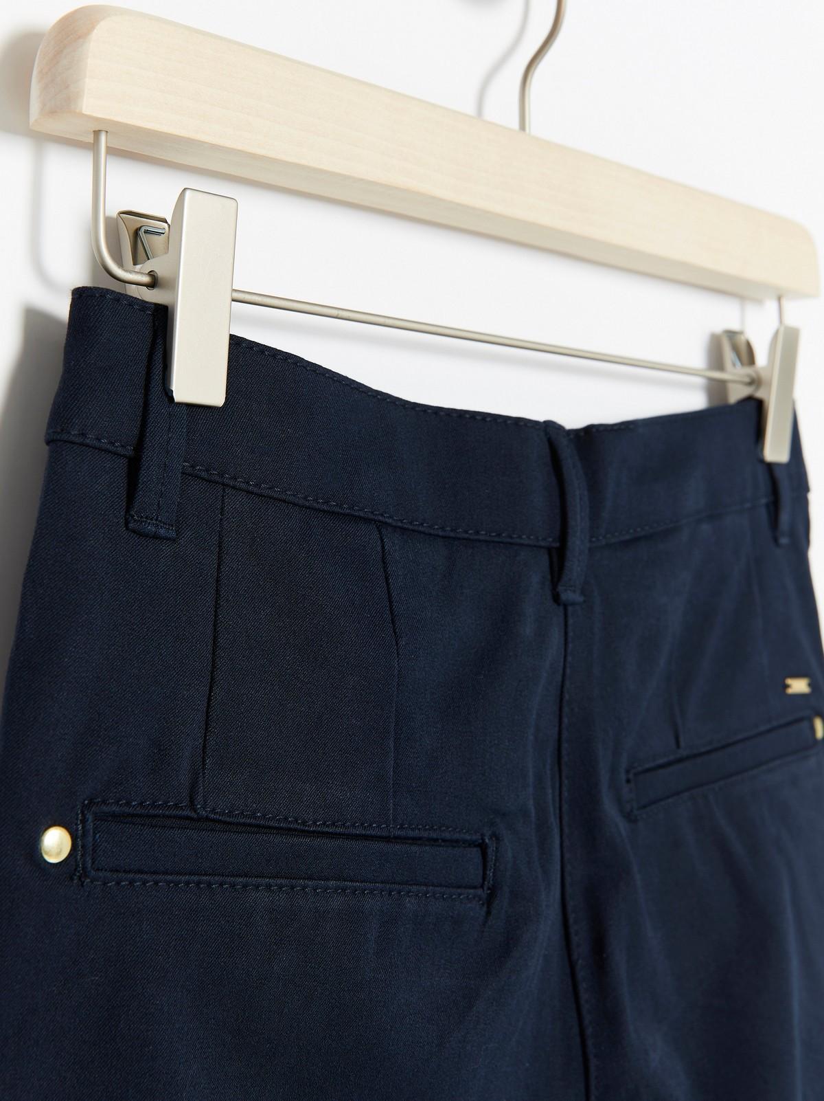 MOA marineblå, trang bukse