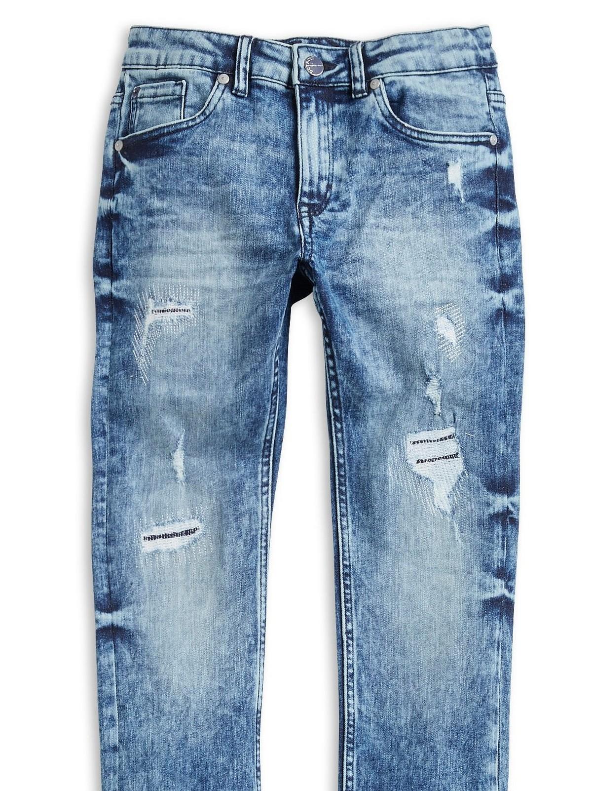 Byxor, jeans och shorts i Ljungby