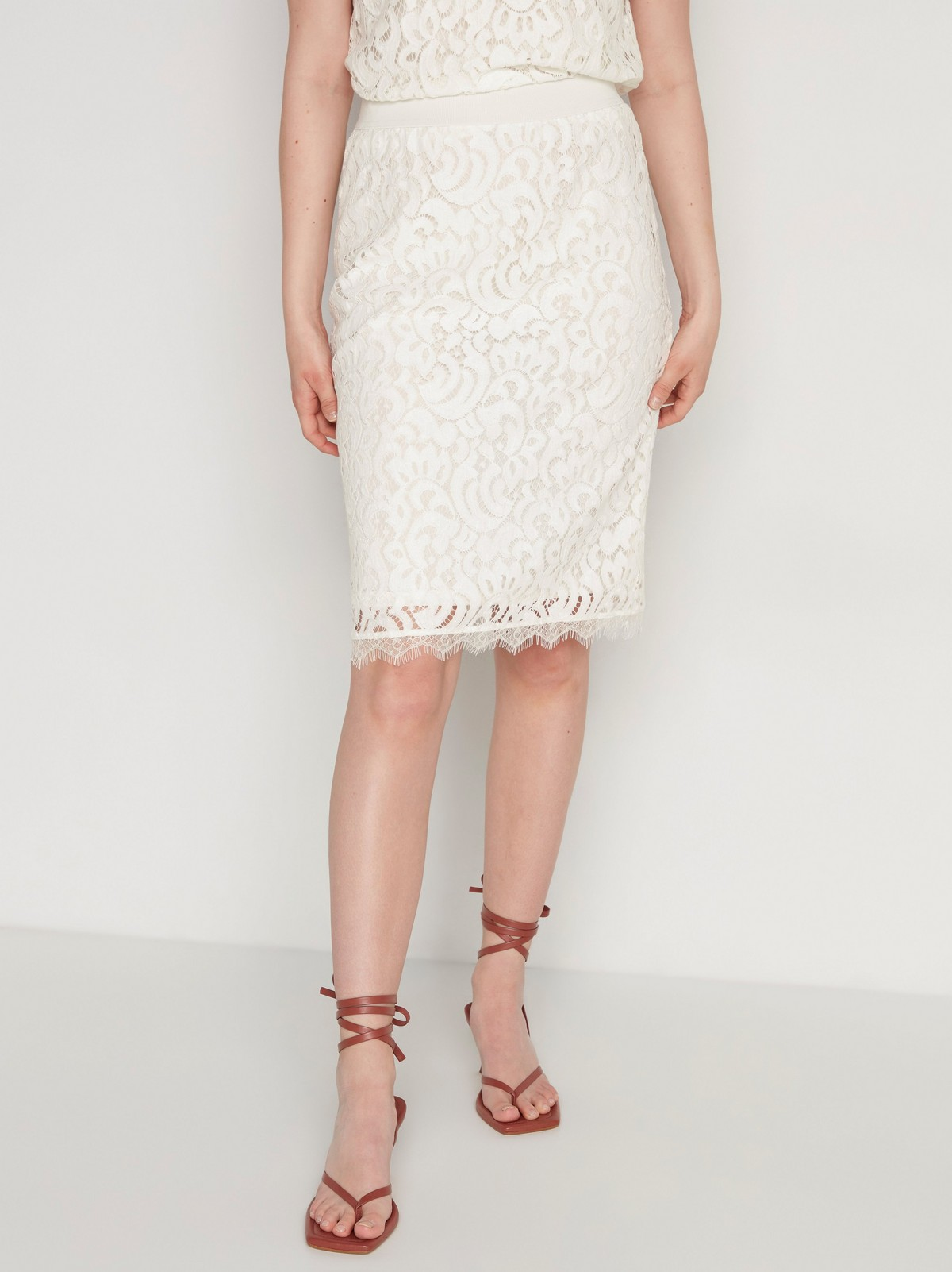 kjol med spets