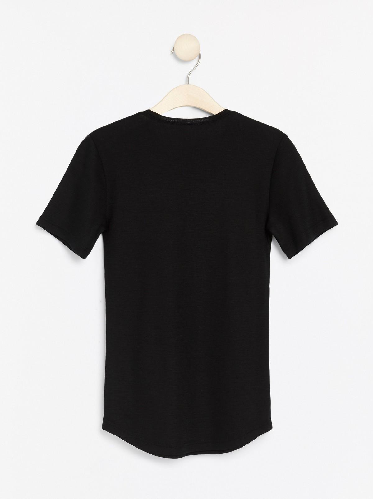 Merinoull t skjorte | T skjorte, Skjørt, T skjorte