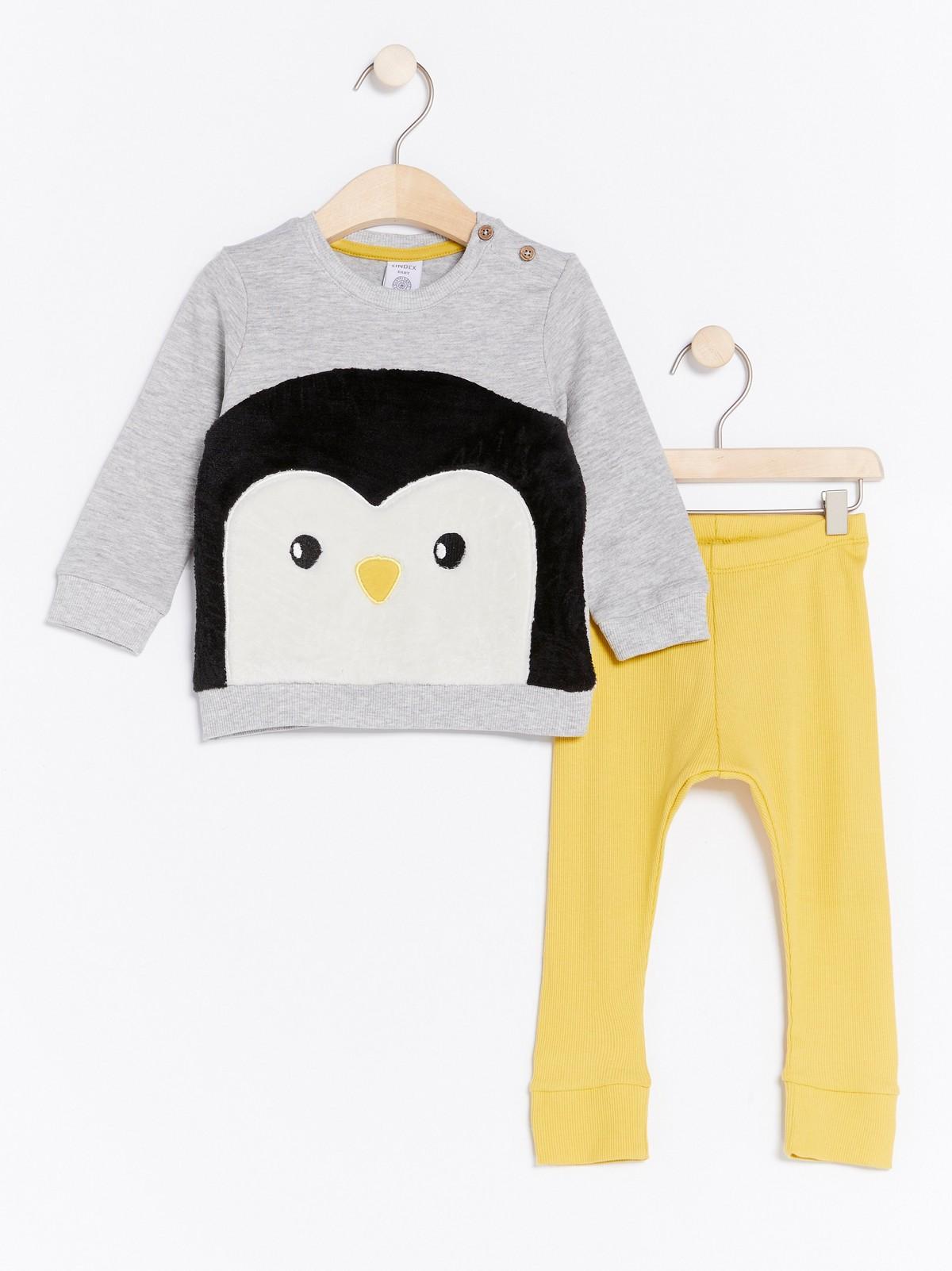 Sett med genser og leggings med sauer | Lindex