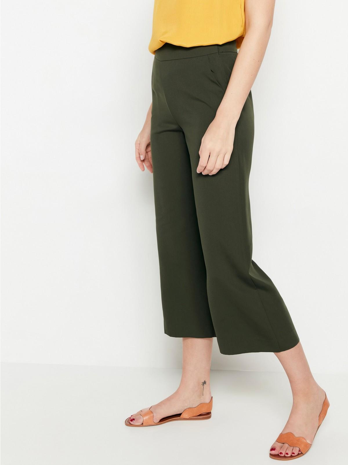 LYKKE – vid grønn bukse