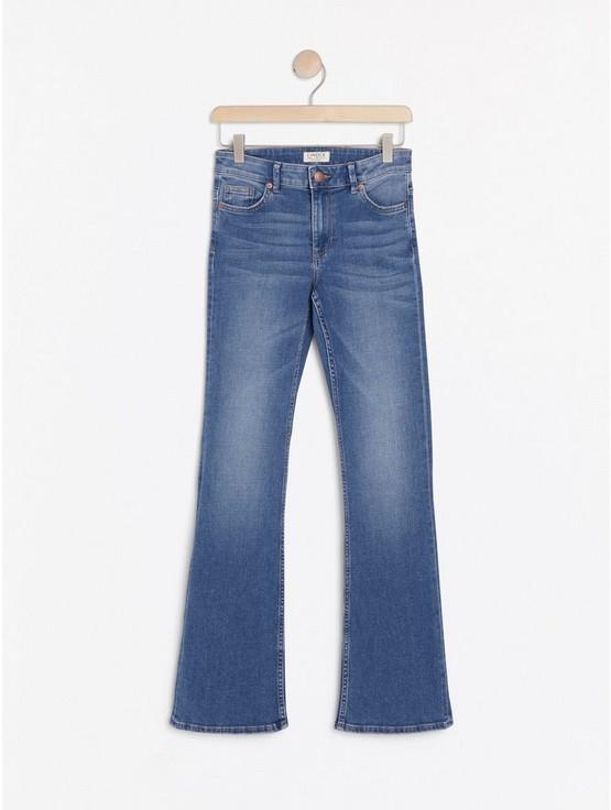 KAREN Blå bootcut jeans