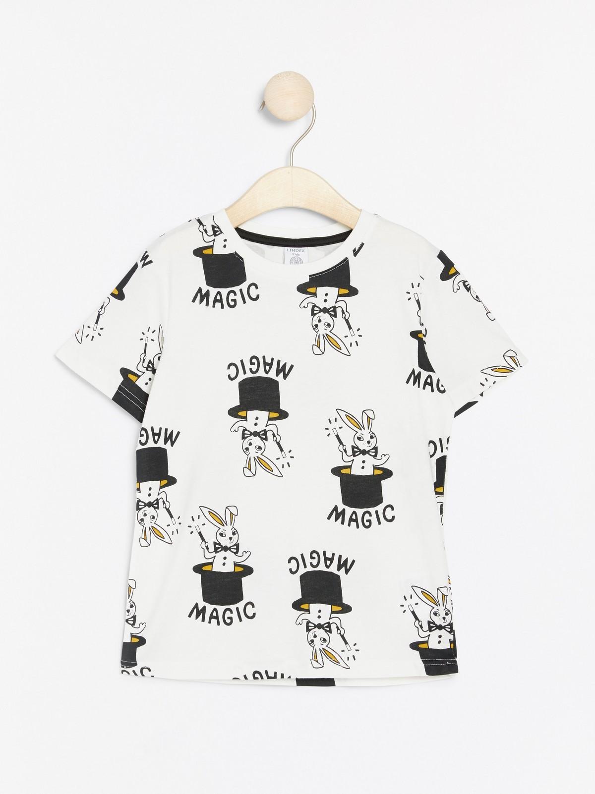 Magic Rabbit in the Top Hat  Tshirt