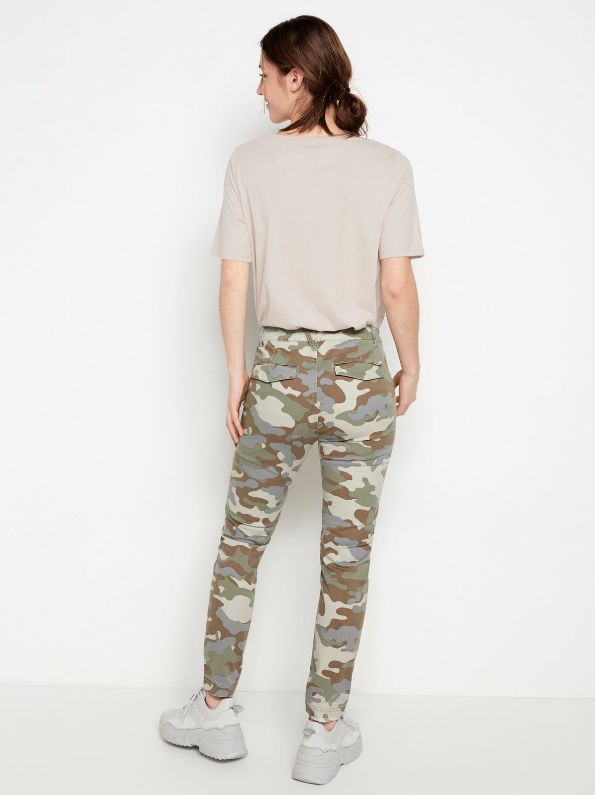 camouflage jeans dam