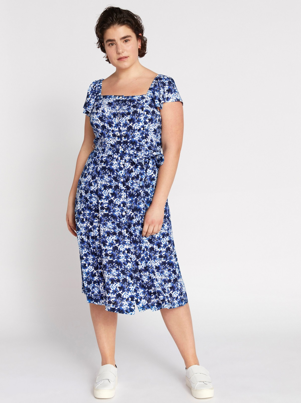 Blommönstrad chiffongklänning | Lindex