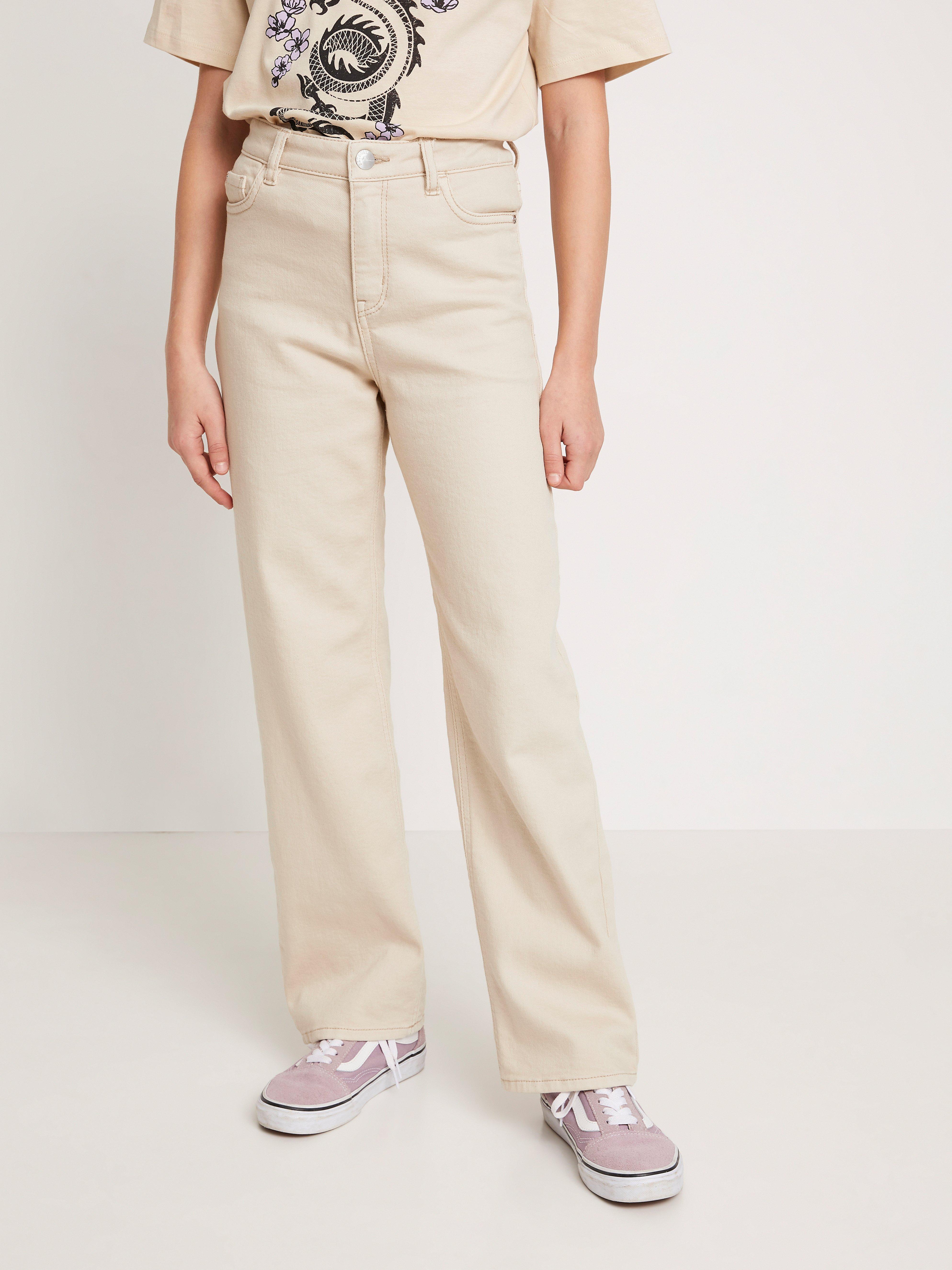 Leveälahkeiset housut