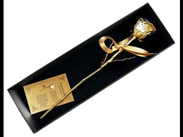 Das Symbol der Liebe als unsterbliche Gold-Edition: echte Rose mit 24k Echtgold-Veredelung