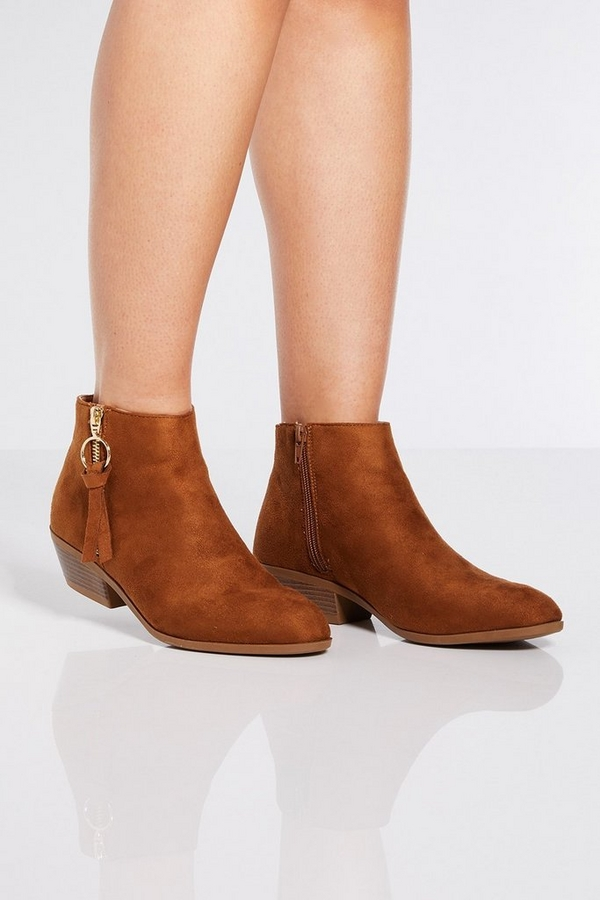 Tan Ring Pull Ankle Boots
