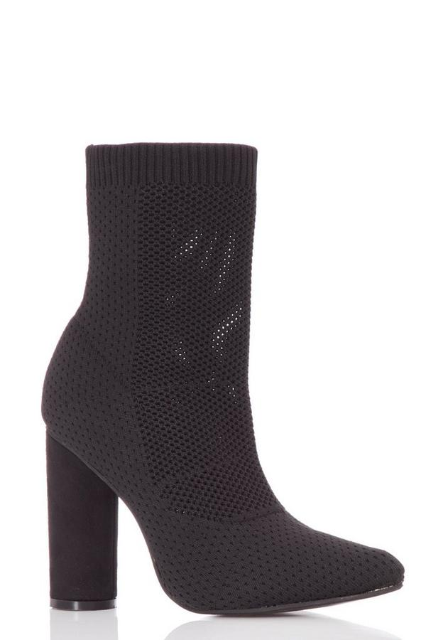 Black Pointed Block Heel Boots