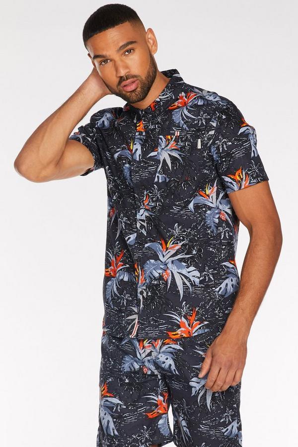 Black Short Sleeve Tropical Print Shirt