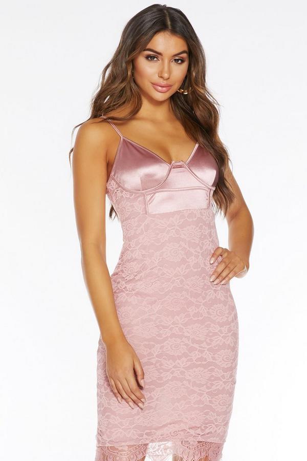 Vestido Rosa Satinado con Encaje