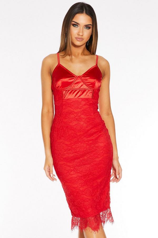 Vestido Rojo Satinado de Encaje