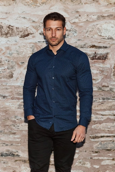 Long Sleeve Shirt With All Over Print in Navy