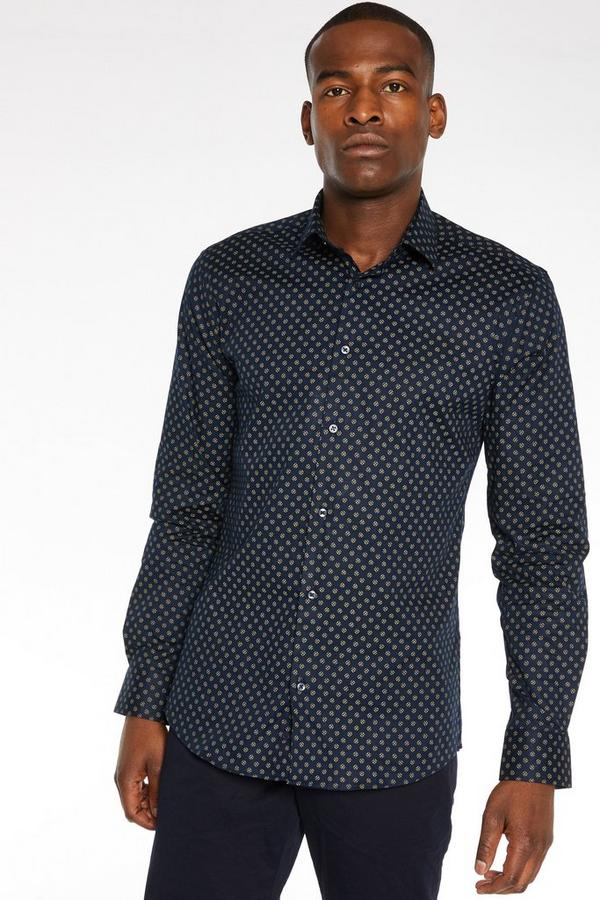 Long Sleeve Plain Shirt in Black with Detail