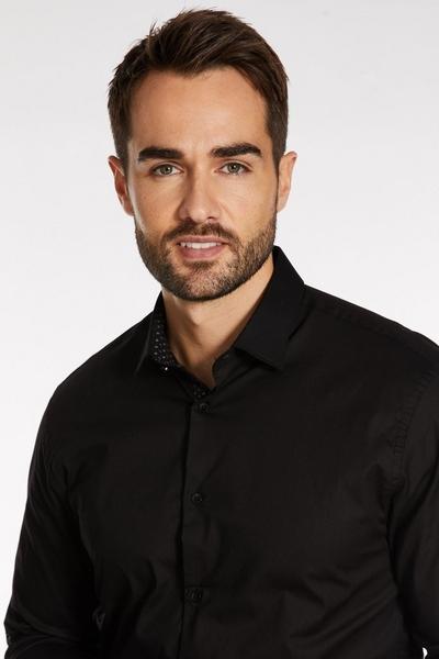 Plain Long Sleeve Shirt in Black