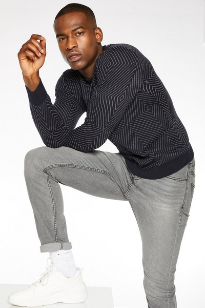 Optical Printed Crew Neck Jumper in Navy