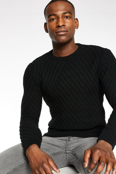 Knitted Crew Neck in Black