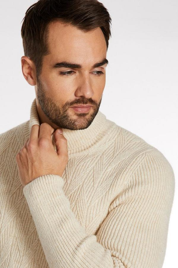 Chunky Roll Neck in Ecru