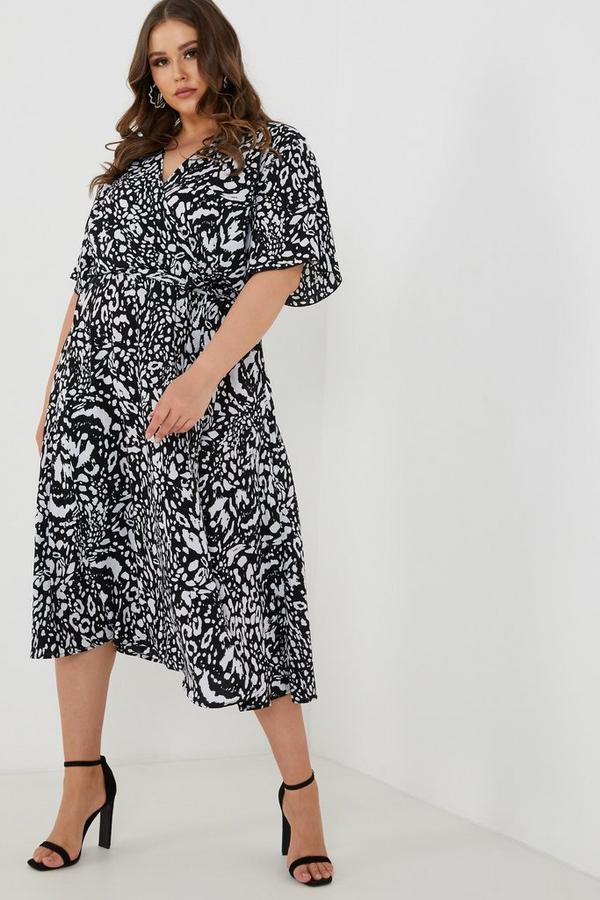 Curve Black & Cream Leopard Print Midi Dress