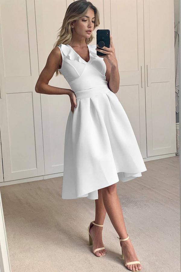 Cream Dip Hem Skirt