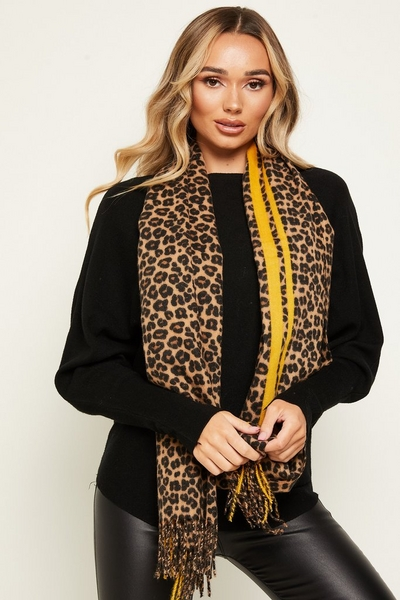 Brown Knitted Leopard Print Scarf