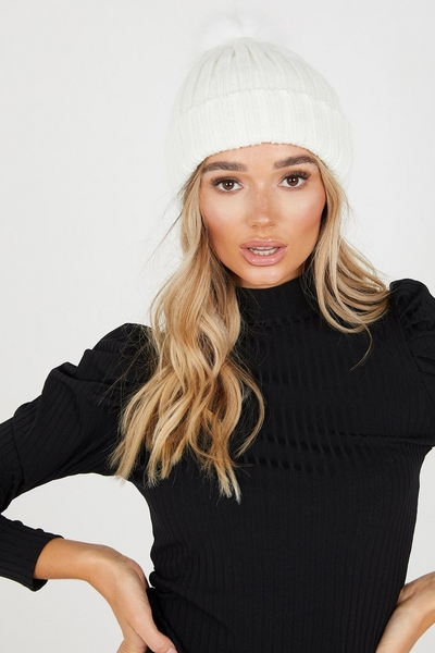 Cream Chunky Knitted Pom Hat