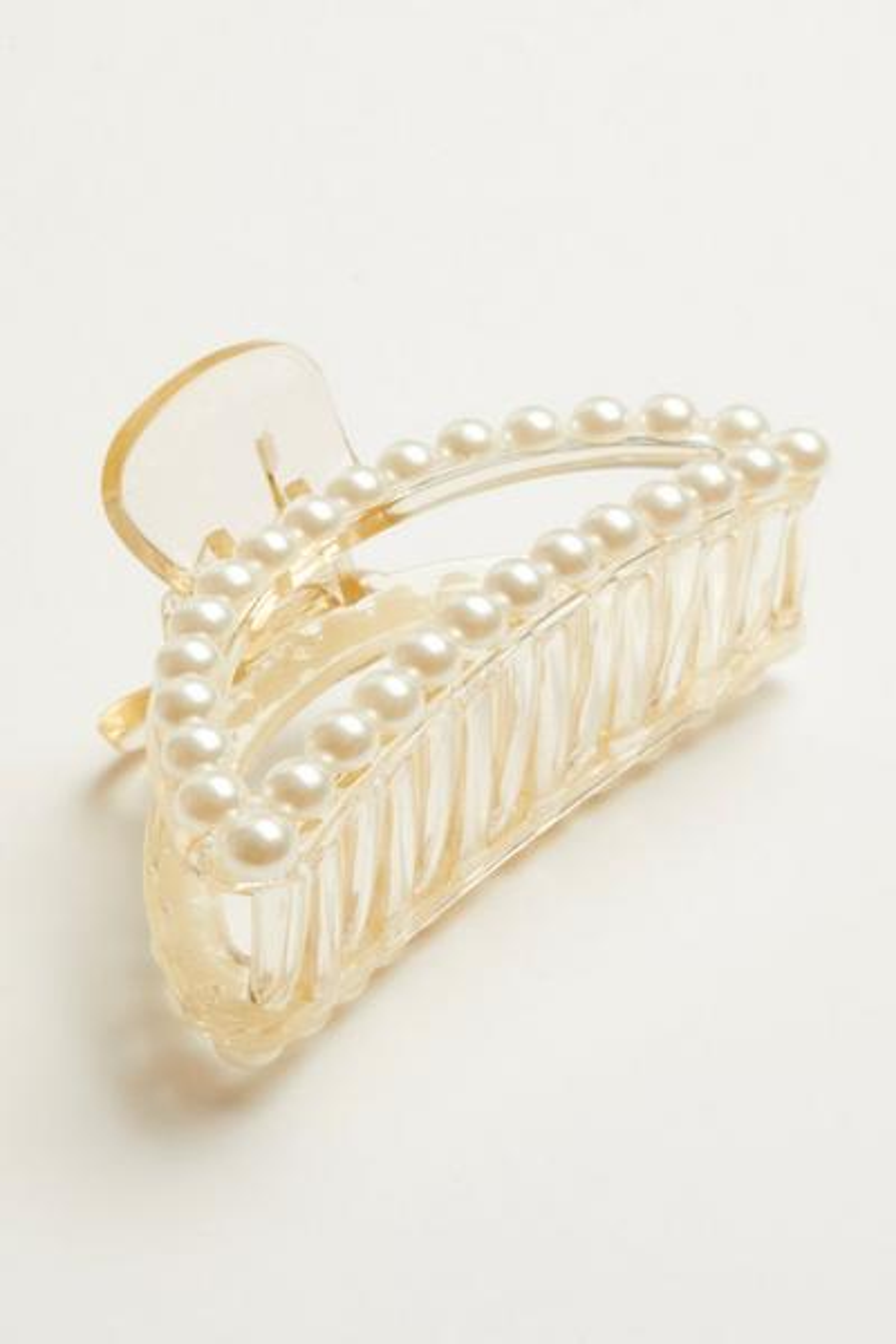 Cream Pearl Hair Clip