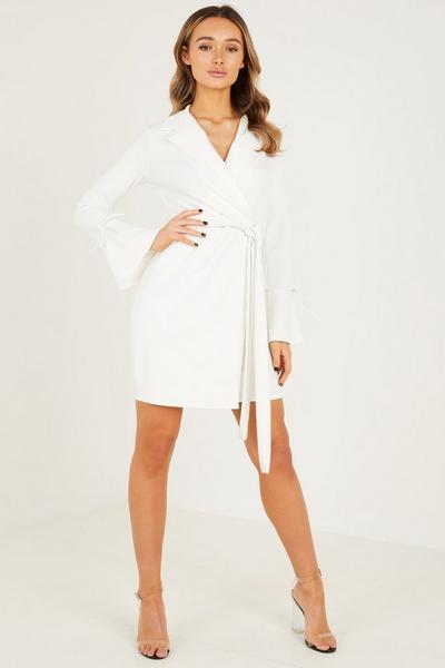 Cream PU Belt Long Sleeves Blazer Dress