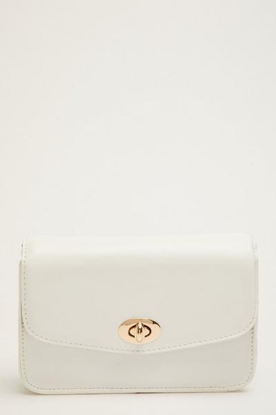 White Plastic Chain Bag