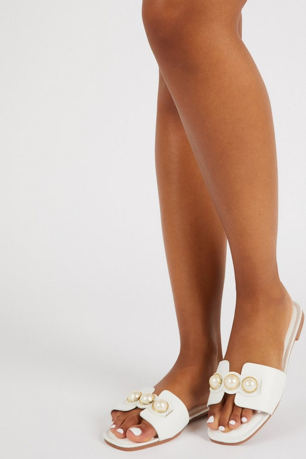White Pearl Mule Sandals