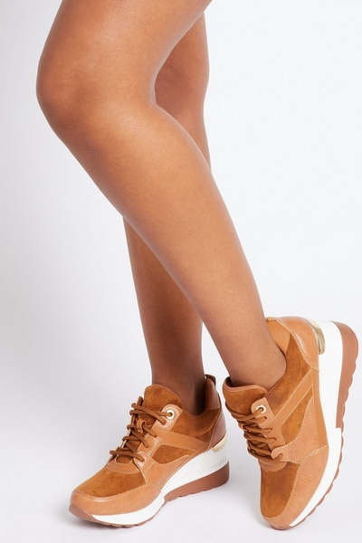 Camel Low Wedge Trainer