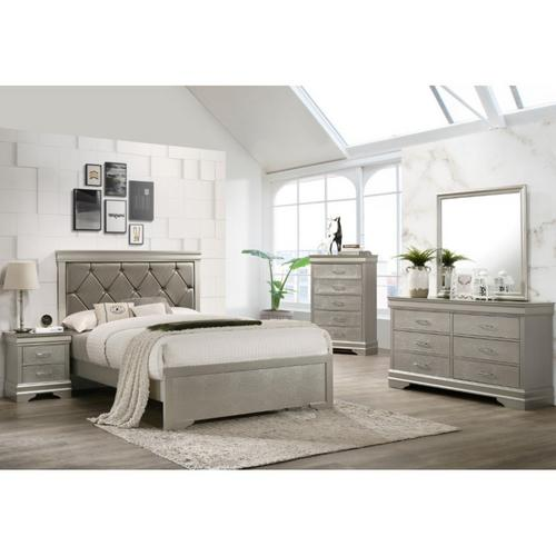 7-Piece Amalia Queen Bedroom