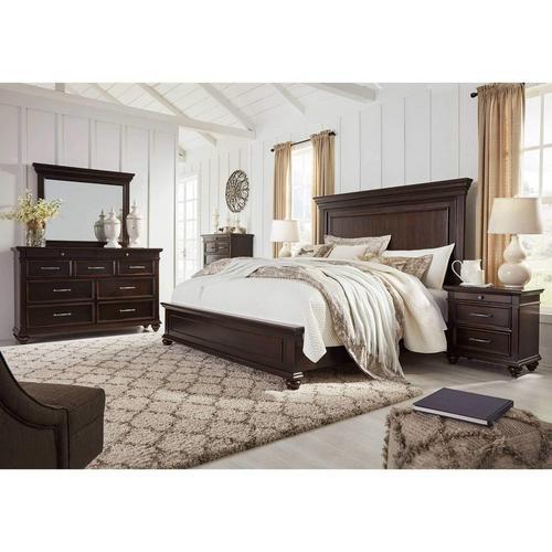 7-Piece Brynhurst Bedroom Set