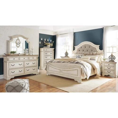 7-Piece Realyn Bedroom Set