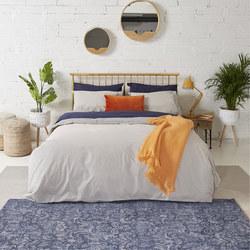 1000385090SET: Honeycomb & Solid Cream Coordinated Bedding Navy
