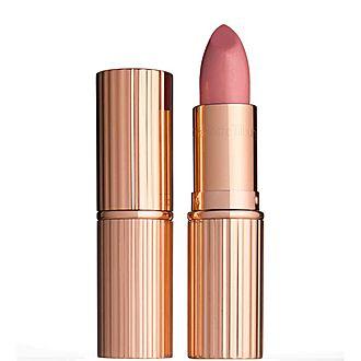 K.I.S.S.I.N.G: Lipstick