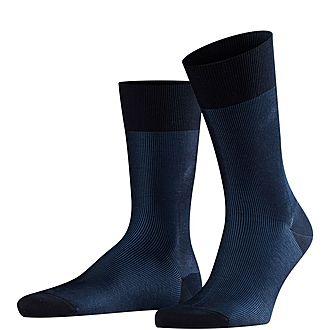 Fine Shadow Stripe Socks
