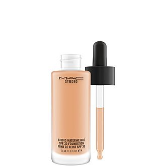 Waterweight SPF 30/Pa++ Foundation