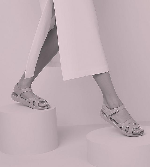 Mega Sale | Men's & Women's Footwear Sale | Fitflop US