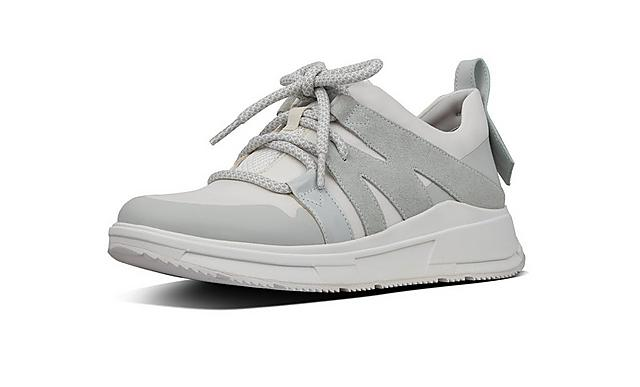 Fitflop Carita Chunky sneakers in white, featuring statement pull tabs and white laces.