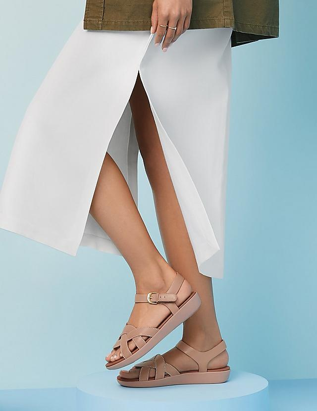 Fitflop Nude Elyna Sandals with Back-straps.