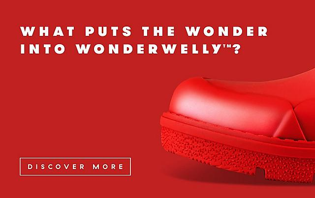 What puts the Wonder into WonderWelly?  Fitflopboot Welly Boot in red.