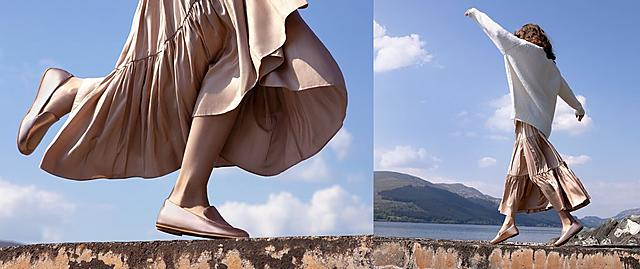 Fitflop metallic Lena loafers in rose gold.