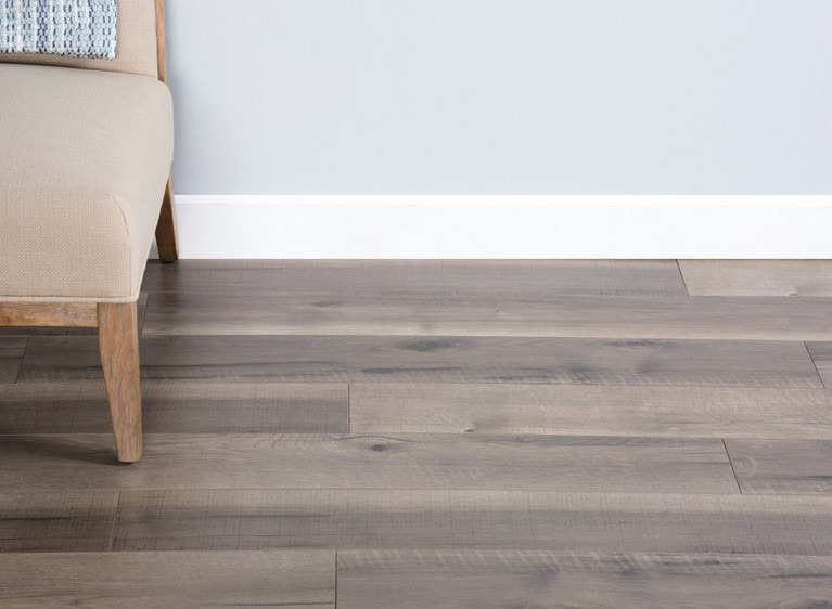 Differences Between Laminate and Luxury Vinyl