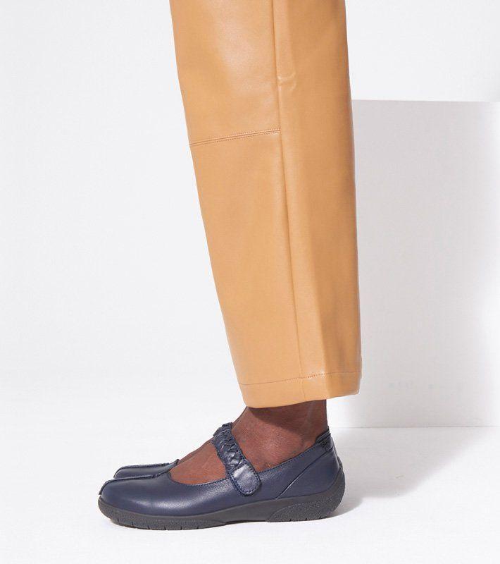 Shake 2 shoes