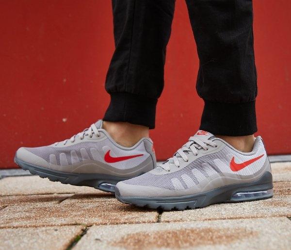 Sneakers   Aktiesport