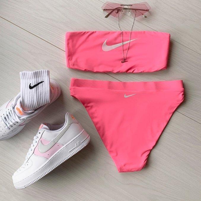 bikini nike rosa