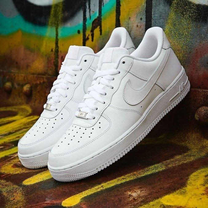 Nike Air Force 1 '07 White on White